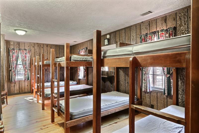 Bunk cottage bedroom 3