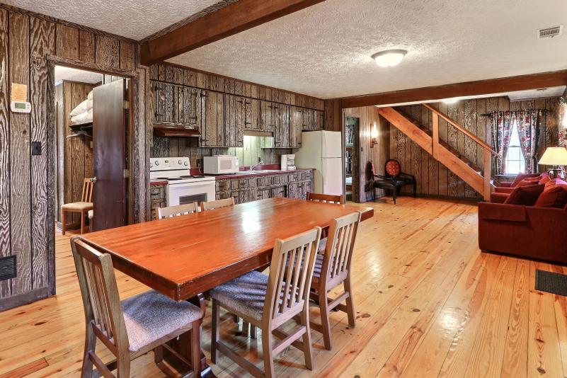 Bunk Cottage kitchen 7