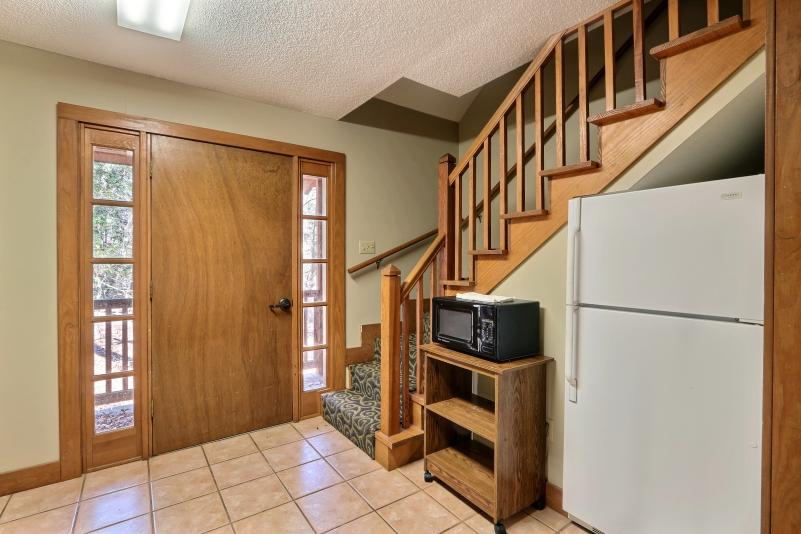 Private Cottage kitchen 2